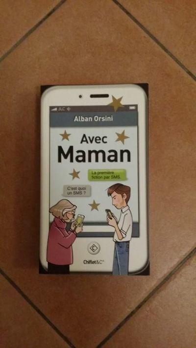 Avec Maman version Noël 2014 avec gommettes de Noël ! (c) Alban Orsini